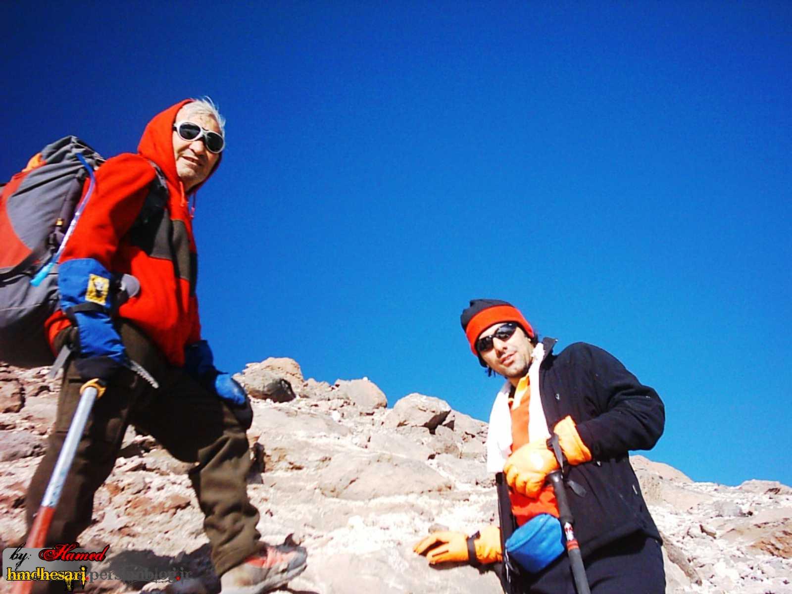در انتظار و به امید رسیدن به قله